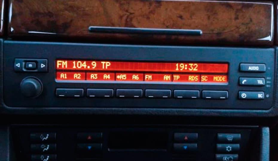 Naprawa pixeli radia mid